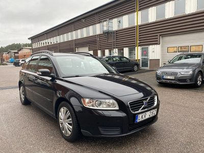 begagnad Volvo V50 1.8 Flexifuel Kinetic 125hk 18300 mil Nyservad