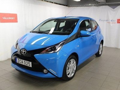 begagnad Toyota Aygo 5-d X-play Touch / Safety Sense / -18