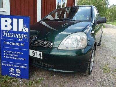 begagnad Toyota Yaris 5D NYBES NYSERV INBYTE 3 BRUKARE 2000, Halvkombi 27 900 kr