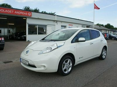 begagnad Nissan Leaf 24 kWh 1900mil GPS Backkamera