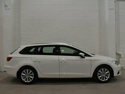 begagnad Seat Leon ST 1.6 TDI Euro 6 115hk|Dragkrok|Motorvärmare|Moms