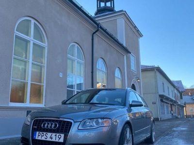 begagnad Audi A4 AV 2,0T SP QUATR