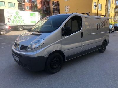 begagnad Renault Trafic Skåpbil 2.0 dCi 114hk