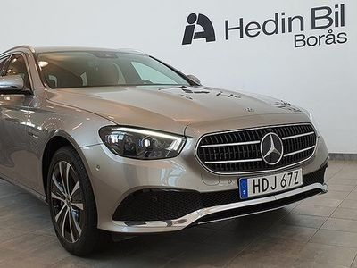 begagnad Mercedes E300 E4MATIC // kombi // demo // premium pkt // dragkrok //