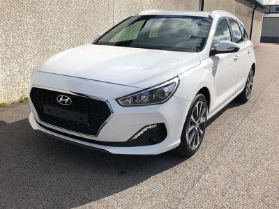 begagnad Hyundai i30 Kombi 1.0 T-GDi Limited Edition