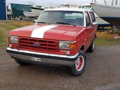 begagnad Ford Bronco V8 302 4wd -88