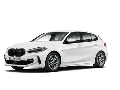 begagnad BMW 118 i M Sport Navi Rattvärme Shadowline Tonade Rutor
