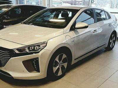 begagnad Hyundai Ioniq Premium Plug-in 1.6 + 8.9 kWh DCT Euro 6 164hk