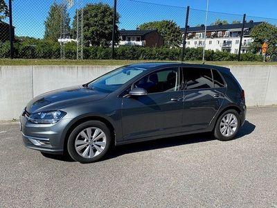 begagnad VW Golf 1,0 TSI DSG 115hk V-hjul