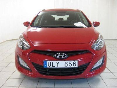 begagnad Hyundai i30 1.6 CRDi M6 Kombi drag motorvärmare