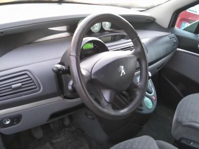 begagnad Peugeot 807 ST 2.2 -04