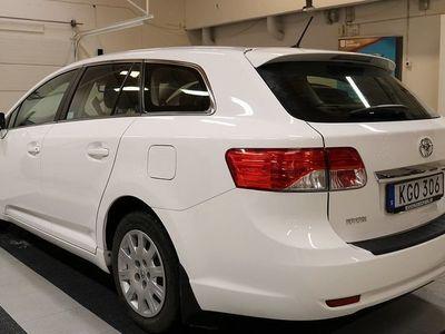 begagnad Toyota Avensis 1.8 Kombi 2014, Kombi 149 900 kr