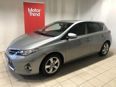 begagnad Toyota Auris Hybrid 1.8 136hk Edition Feel -h