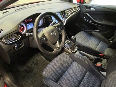begagnad Opel Astra Dynamic 5d 1,4 M6 125 hk Halvkombi