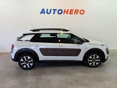 begagnad Citroën C4 Cactus 1.2 PureTech, Feel, Backka