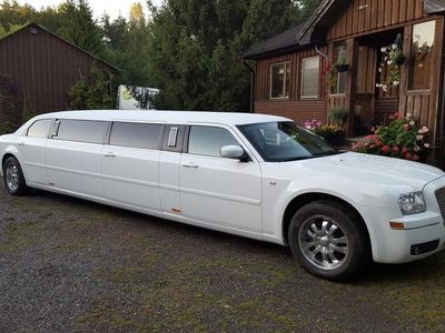 begagnad Chrysler 300C Super Stretch Limousine 3.5 V6