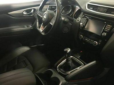 begagnad Nissan Qashqai DCI 130 TEKNA+ 2WD 6M / T BOSE