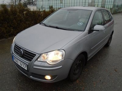 begagnad VW Polo 1,4 / Comfortline / 5DR / NYBES /