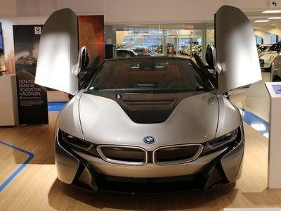 begagnad BMW i8 Roadster 1.5 + 11.6 kWh Steptronic Euro 6 374hk