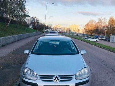 begagnad VW Golf V låg milare