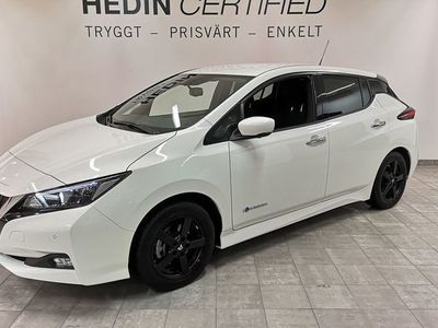 begagnad Nissan Leaf N-CONNECTA 40 KWH // Vinterhjul // 1 Ägare