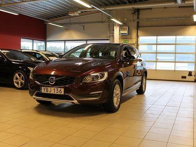 usado Volvo V60 CC D4 Momentum Business E