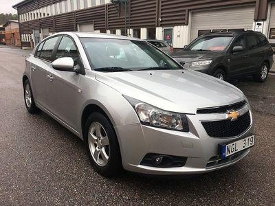 begagnad Chevrolet Cruze 1.6 124hk LT Endast 2300 mil En ägare Nyservad