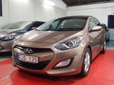 begagnad Hyundai i30 5-dörr 1.6 CRDi 110hk lågmil