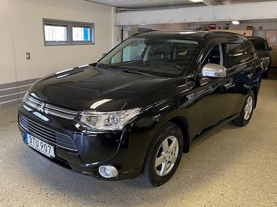 begagnad Mitsubishi Outlander P-HEV 4WD Business Safety Automat