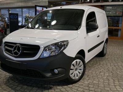 begagnad Mercedes Citan 109 CDI Drag, Farthållare, Golvbeklädnad