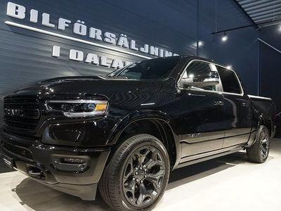 begagnad Dodge Ram Limited BLACK Årsskatt 2020, Transportbil 923 000 kr