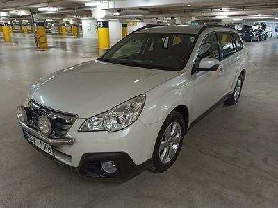 begagnad Subaru Outback 2.5 CNG 4WD Lineartronic 173hk
