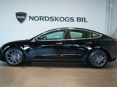 begagnad Tesla Model 3 Long Range AWD 431hk Autopilot | 1,95% Ränta | Svensksål