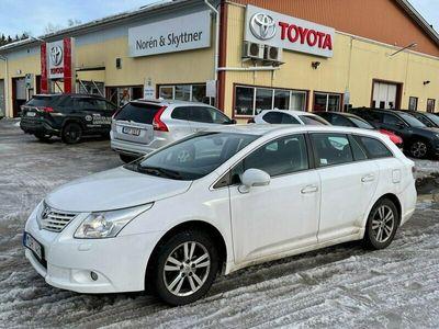 begagnad Toyota Avensis Kombi 1.8 Automat Business /Drag