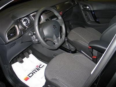 gebraucht Citroën C3 PureTech 82 Happy Edition