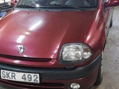 begagnad Renault Clio 1.4 -02