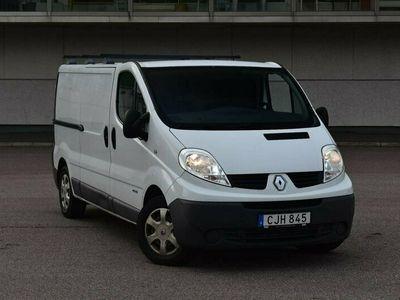 begagnad Renault Trafic Van 2.7t 2.0 dCi 114hk LEASBAR MOMSBIL DRAG