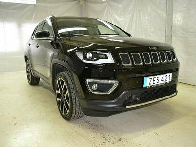 begagnad Jeep Compass 2.0 VVT 4WD Backkamera Panorama Beats 170hk