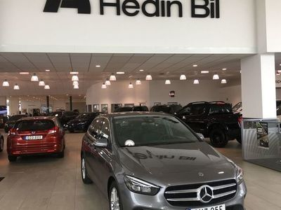 begagnad Mercedes B200 D / DEMO / AUTOMAT / DRAG / BACKKAMERA