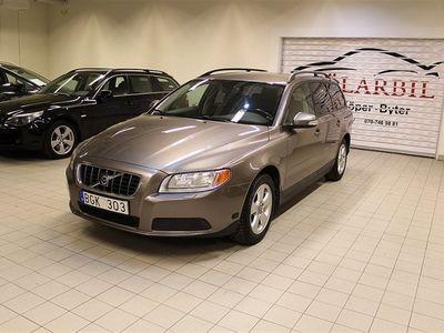 begagnad Volvo V70 2.5T KOMBi AUTO 200HK SVENSK ACC AUX