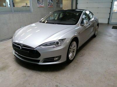 begagnad Tesla Model S P85 Momsbil HiFi Luft Tech Pano Winter 421hk Carbon