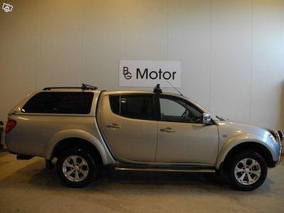 gebraucht Mitsubishi L200 2,5 Aut 4x4 Drag Moms Motor-v -12