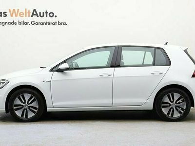 begagnad VW Golf Plus E-Golf e-Pluspkt Active Info Backkamera 2017, Halvkombi Pris 229 900 kr