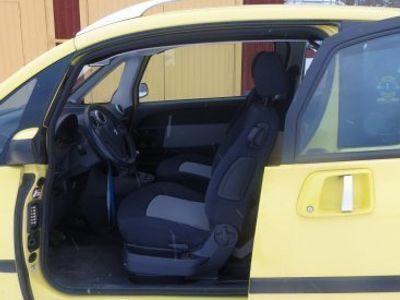 begagnad Peugeot 1007 XT 1,4 -06