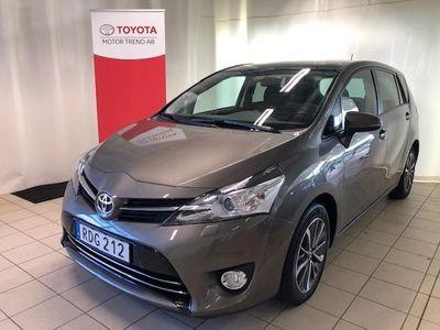 begagnad Toyota Verso 1.8