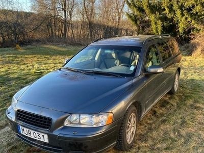 begagnad Volvo V70 2.4d