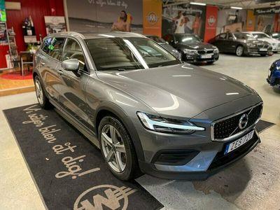begagnad Volvo V60 CC D4 AWD Geartronic Momentum 190hk