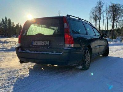 begagnad Volvo V70 2,4D