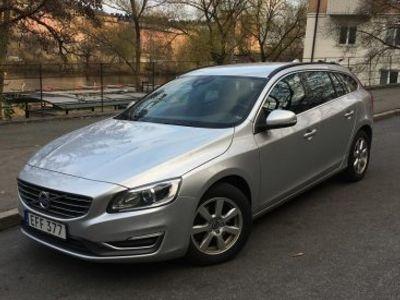 usado Volvo V60 D3 Momentum Business Edition -14