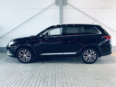 second-hand Mitsubishi Outlander 2.2D 4WD Business Nav Automat